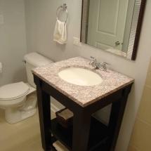 Modern bath design for small baths