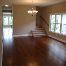 Remodeled _living_room_with_harwood_flooring
