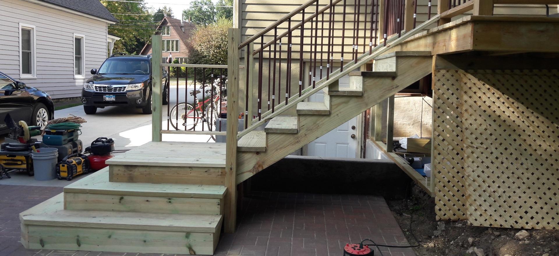 Deck-remodeling-1