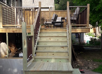 Deck renovation in East Dundee, IL, 2017